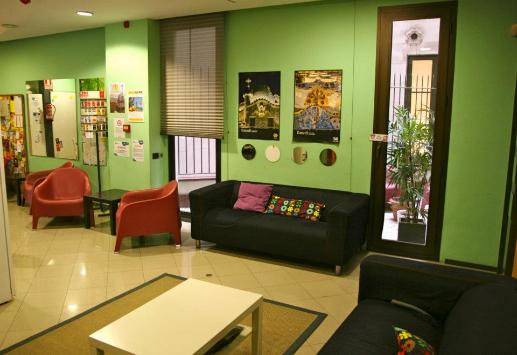 Barcelona Youth Hostel, ECO youth hostel in Barcelona Spain