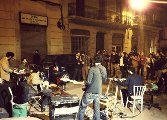 Barcelona Youth Hostels, Barcelona city center, music