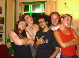 Cheap hostel in Barcelona, Youth hostels in Barcelona Spain, Best hostel Alternative Creative Youth Home hostel, youth hostel in europe, eu